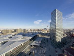 Wien Hauptbahnhof Dachansicht Aussichtsturm
