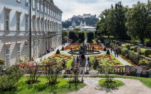 Schloss Mirabell Garten 2