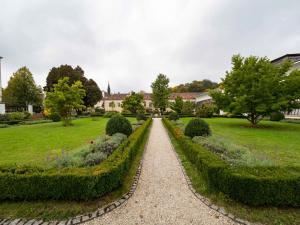 Stift Zwettl Orangerie Garten