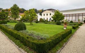 Stift Zwettl Garten Orangerie 1