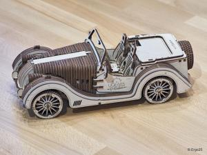 Holz Modellauto 1