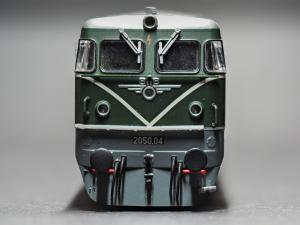 2050 OeBB Lokomotive front