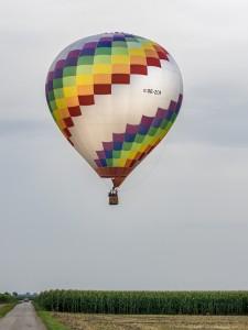 Heißluftballon OE-ZCM bunt 3